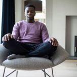 【大学研究で証明】自分でできるマインドフル・ヒプノセラピー(催眠療法)でストレスと不安が緩和