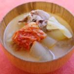 発酵食品のキムチで脂肪燃焼をサポート!豚キムチの豆乳味噌汁