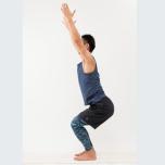 腰まわりを重点的に伸ばす
