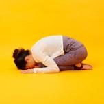 眠れぬ夜に試したい!緊張している体と心をほぐすぐっすり眠れる「睡眠ヨガ」③