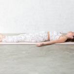 腹横筋を鍛えて腰の負担を予防する整形外科ヨガ